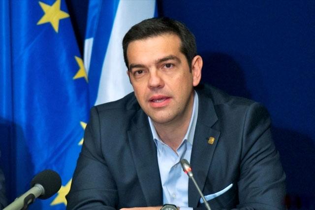 Греция на неделю закрывает банки и фондовую биржу, а также вводит ограничение на снятие наличных