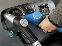 Гройсман прокомментировал резкий рост цен на автогаз