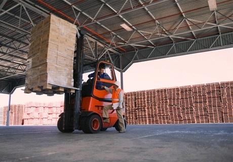 Перевозка грузов с использованием паллетов