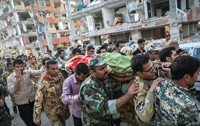 Землетрясения в Иране: количество жертв неудержимо растет
