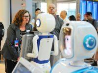 Из шотландского магазина уволили робота-продавца за неуместные шутки
