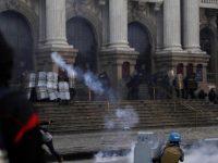 Из-за повышения пенсионного возраста проходят миллионные забастовки в Бразилии