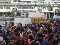 Южная Корея значительно снизила экспорт автомобилей из-за забастовок рабочих