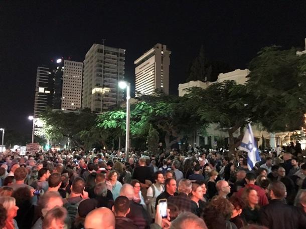 Израиль: вТель-Авиве прошел марш против коррупции