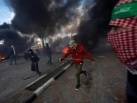 Израиль vs Палестина: врачи вывозят раненых в столкновениях у Рамаллы и Бейт-Эль