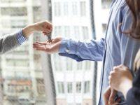 Как накопить деньги на квартиру с маленькой зарплатой? 5 советов в примерах