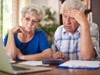 Новое разъяснение, как заменить бумажное пенсионное удостоверение на электронное