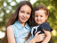"""Какие есть детские выплаты для матерей на ребенка в """"ЛНР"""" / """"ДНР"""", Украине и России?"""