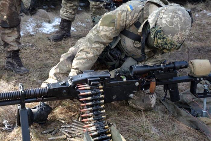 Солдат, военный, АТО, ООС, зарплата, боевые, выплата, оклад военного, зарплата за военное звание