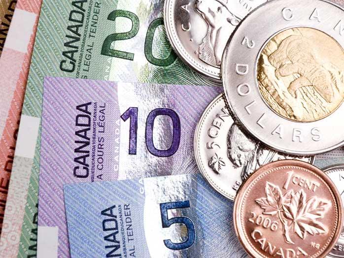 """Банк Канады призывает фанатов """"Звездного пути"""" удержаться от разрисовывания пятидолларовых банкнот"""