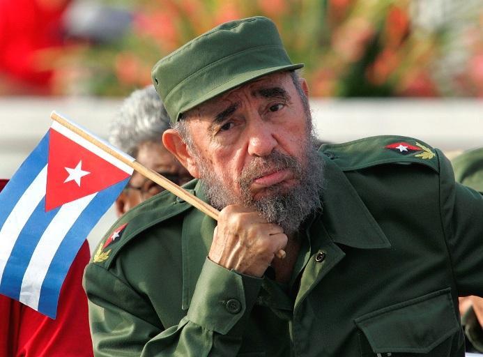 Фидель Кастро требует от США многомиллионной компенсации ущерба