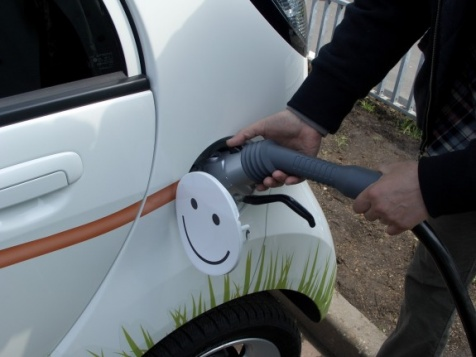 Каждый дом в Европе обяжут оборудовать зарядкой для электромобилей