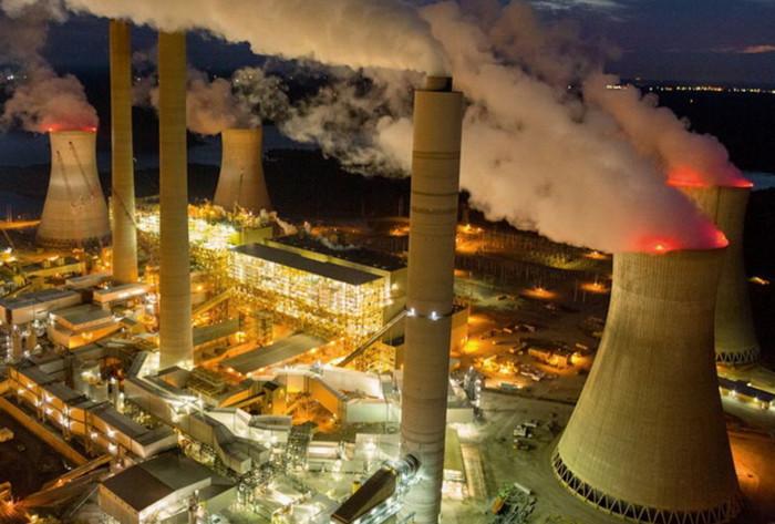 Китай отменил строительство 103 угольных электростанций