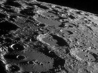 Китай разрабатывает пилотируемый космический корабль для доставки людей на Луну