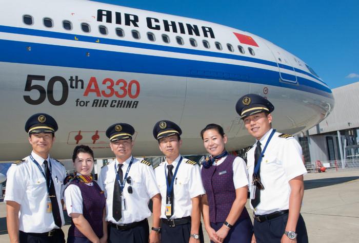 Китайские авиалинии нуждаются в 5500 новых пилотов в год
