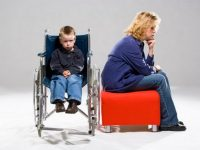 Когда выходят на пенсию матери и отцы детей-инвалидов по новому Закону?