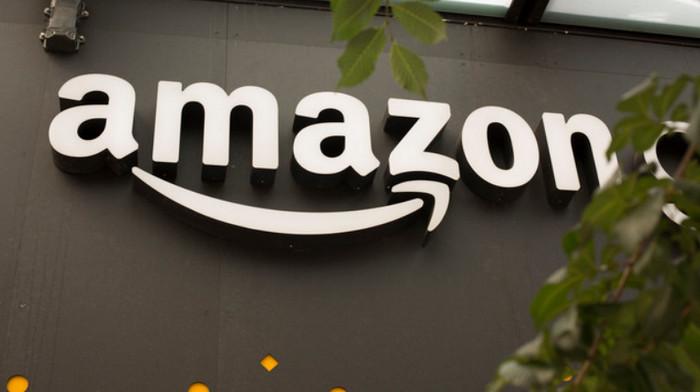 Компания Amazon разрешила подросткам делать заказы