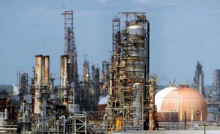 Компания Exxon Mobil сокращает выбросы метана