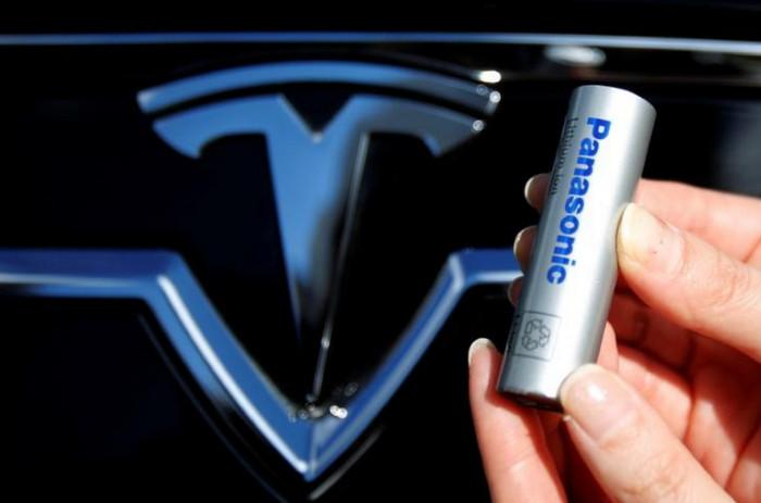 Компания Panasonic начала производство аккумуляторов для Tesla Model 3