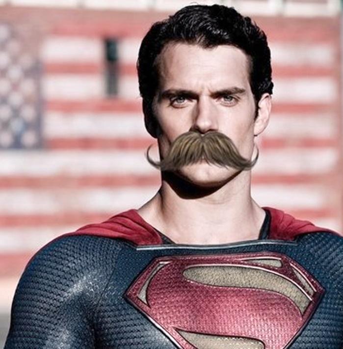 КомпанияWarner Bros потеряет из-за усов Супермена миллионы долларов