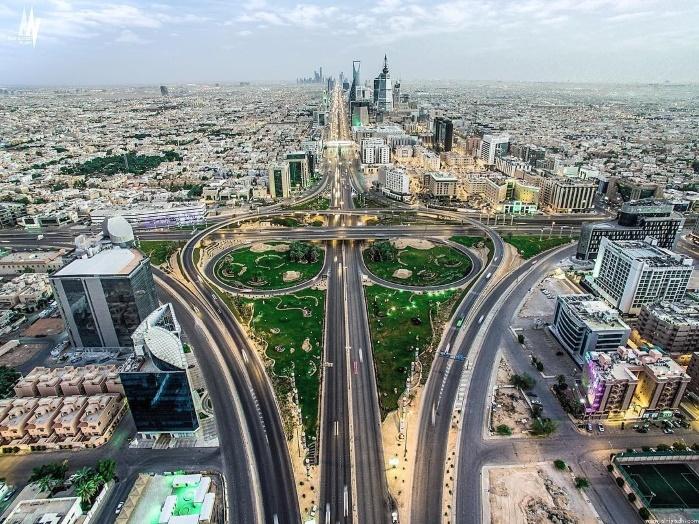 Конфликт в белых халатах: катарцы подрались с саудитами на конференции по нефти