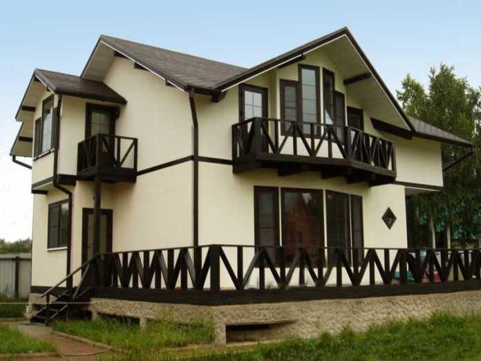 Почему лучше использовать текстурную краску для окрашивания фасада вашего дома