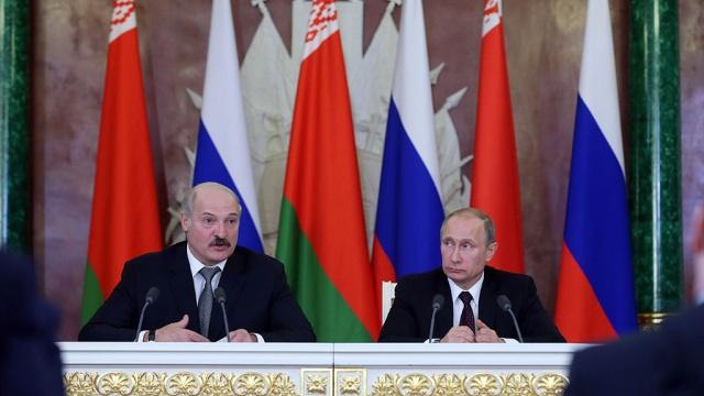 Кремль берет кредитную паузу