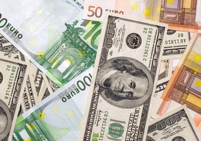 Курс валют от НБУ на 10 мая 2017. Доллар и евро дорожают