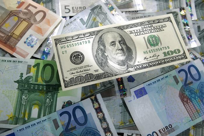 Курс валют от НБУ на 21 июня 2017. Доллар дорожает, евро дешевеет