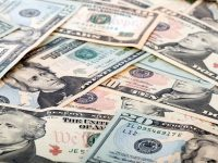 Курс валют от НБУ на 4 мая 2017. Доллар и евро дешевеют
