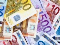 Курс валют от НБУ на 8 июня 2017. Доллар и евро дешевеют