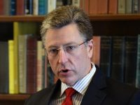 Курт Волкер посетит Киев и Донбасс перед переговорами с Сурковым