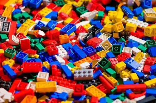 Lego отвоевала первое место на рынке игрушек