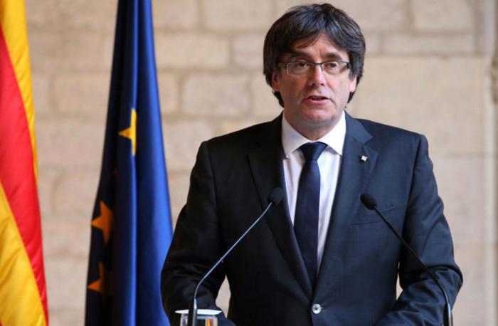 Лидер Каталонии под страхом преследования бежал в Брюссель