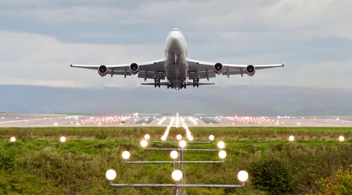 Лондонский безработный нашел флешку с секретными данными о безопасности в аэропорте