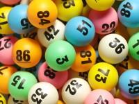 Играя в лотерею онлайн, не теряйте голову