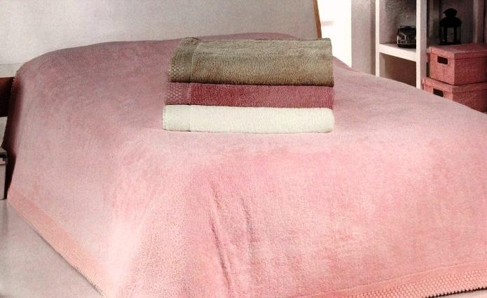 Махровое постельное белье – его особенности и преимущества