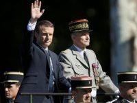 Макрон возвращает утраченное доверие армии к президенту