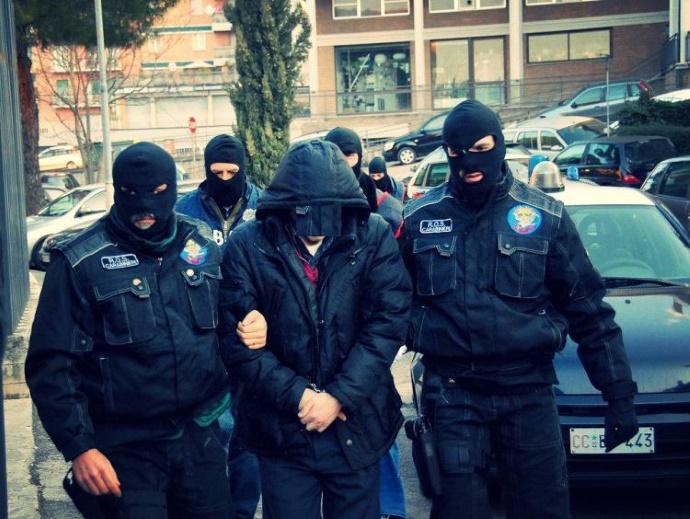 Масштабная спецоперация против китайской мафии:арестованы 33 человека