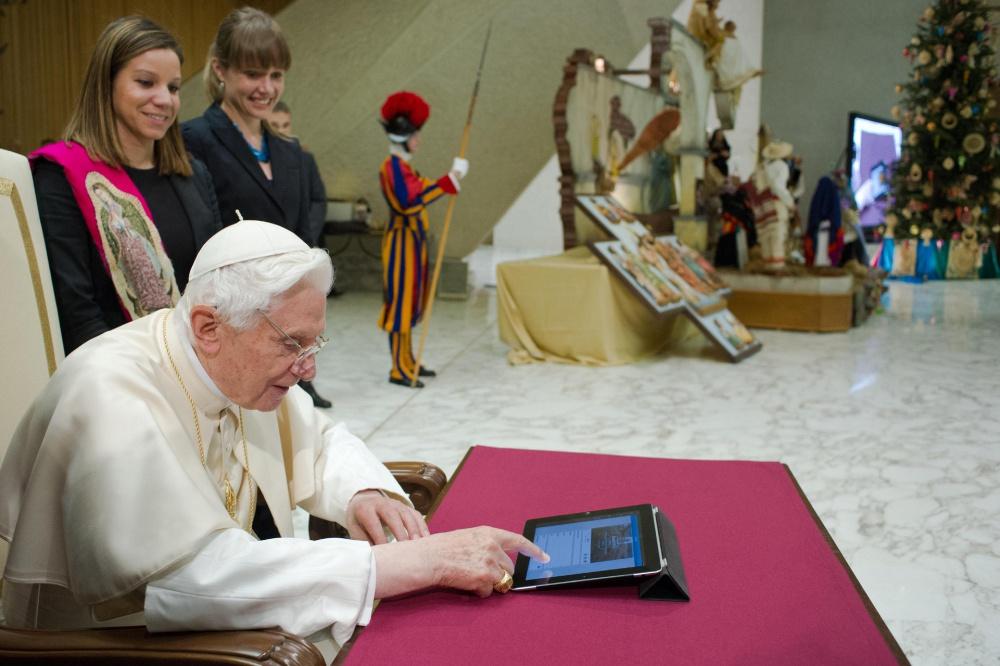 Папа Римский против лайков в социальных сетях