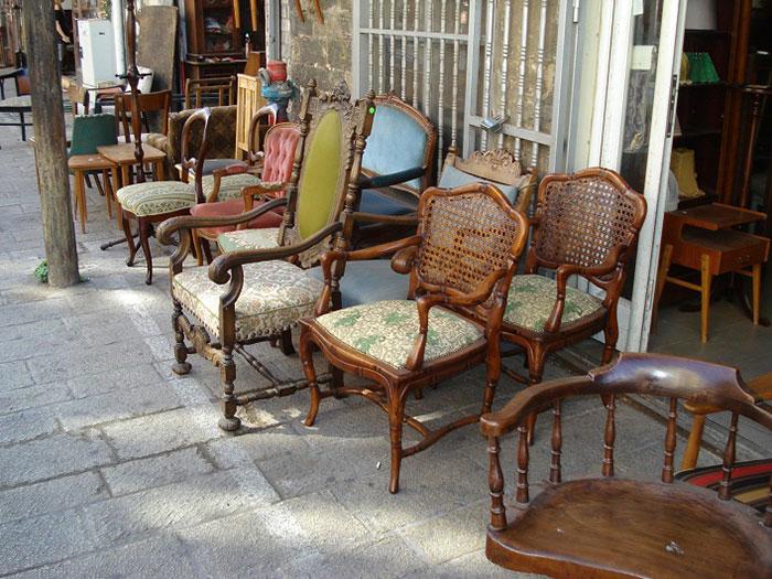 Бизнес идея: вывоз старой мебели из квартир
