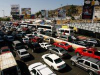 Мексиканские водители едут покупать бензин в Калифорнию