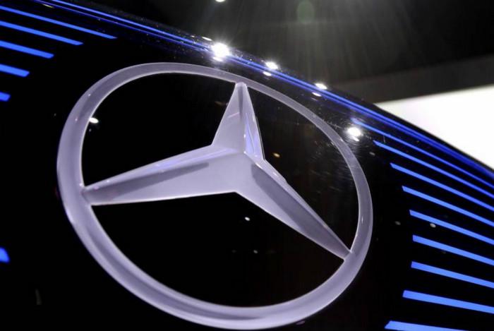 Mercedes отзывает 400 тысяч автомобилей в Великобритании из-за неисправности подушки безопасности