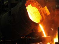 Металлурги Украины сократили выплавку стали (инфографика)