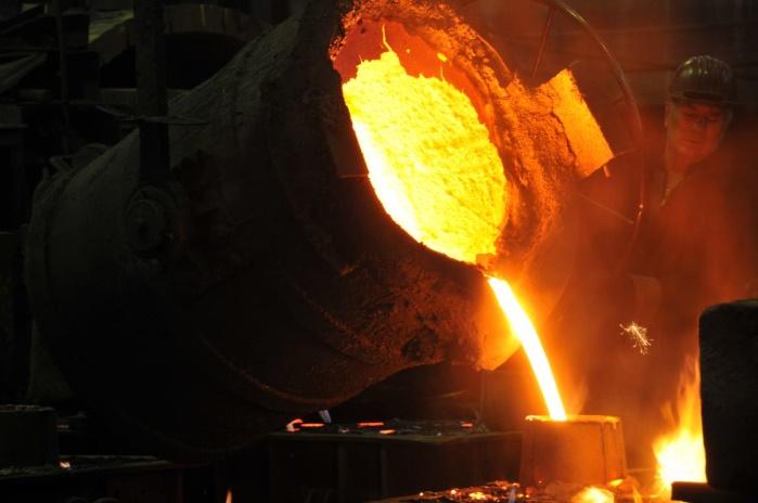 Металлурги Украины сократили выплавку стали