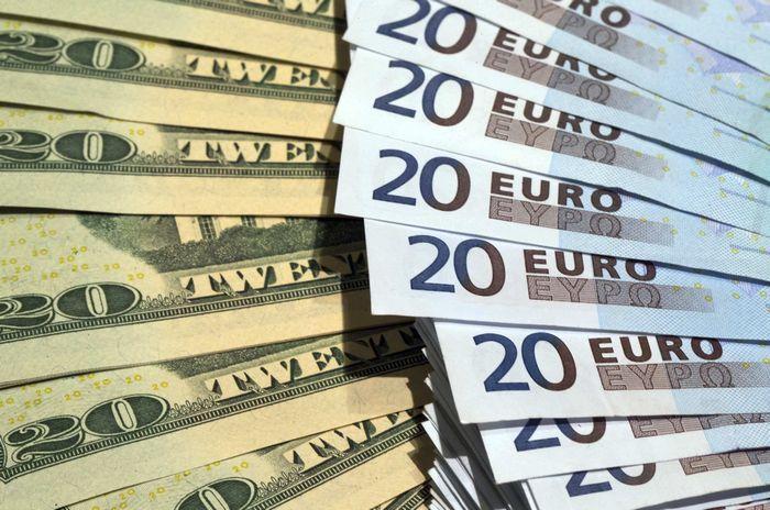 Межбанк Украины 12 июня 2017. Доллар падает, евро стоит на месте