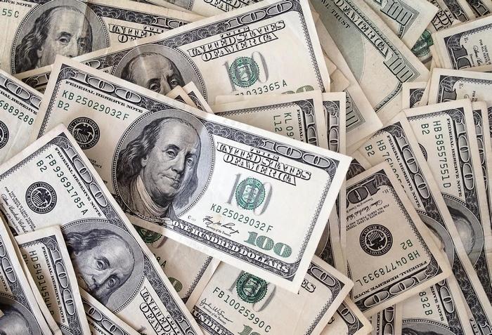 Межбанк Украины 3 мая 2017. Доллар и евро падают