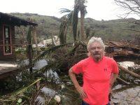 """Миллиардер Брэнсон показал, как ураган """"Ирма"""" разрушил его дом"""