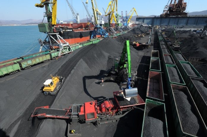 Минэнерго сообщил цену угля в порту Роттердама и портах Южно-Африканской республики