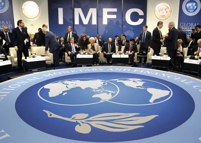 Министерство финансов США призвало МВФ бороться с с валютными манипуляциями